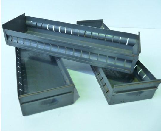 Storage Drawer/Tray(s)
