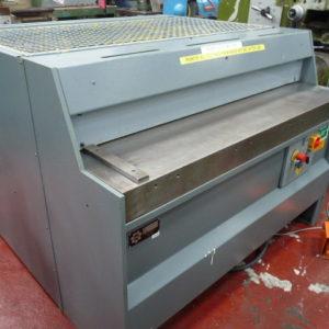 H M 1250 x 3mm Power Shear