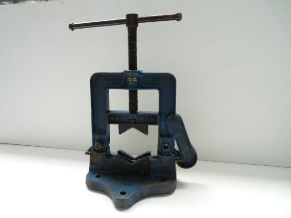"""Pipe Vice 6"""" Record 96 Hinged"""